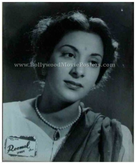 Roomal 1949 old bollywood actress nargis black and white photos movie stills